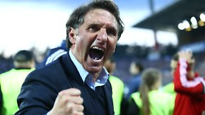 Relegationsthriller gegen den KSC: HSV wendet Abstieg ab