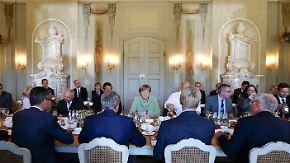 Zukunftsgespräch in Meseberg: Folgen der Digitalisierung der Arbeitswelt diskutiert