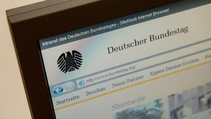Austausch notwendig: Hacker kontrollieren IT-Netzwerk des Bundestags