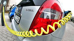 Sonderabschreibungen geplant: Regierung diskutiert Kaufanreize für E-Autos