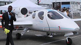 Neuheiten auf Messe in Le Bourget: Luftfahrtbranche zeigt, was sie kann