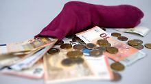 Wie die Deutschen Geld anlegen: Das Sparbuch ist nicht totzukriegen