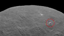 """Raumsonde entdeckt weiteres Rätsel: Geheimnis der """"Großen Pyramide von Ceres"""""""