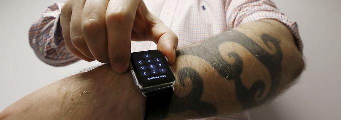 Anfangs verkaufte sich die Apple Watch noch bombig. Doch jetzt gehen nur noch wenige Exemplare über den Ladentisch.