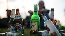 """Schnaps-Preis seit 25 Jahren gleich: Alkohol zu """"taschengeldfreundlich"""""""