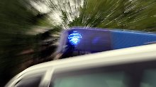 Mann verliert Kontrolle über Wagen: Vier Menschen sterben bei Autounfall