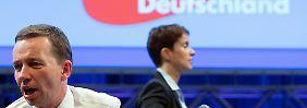 Ex-Vorsitzender droht mit Austritt: Tumulte um Lucke bei AfD-Parteitag