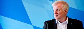 Beschlüsse zur Flüchtlingspolitik: Pegida applaudiert der CSU