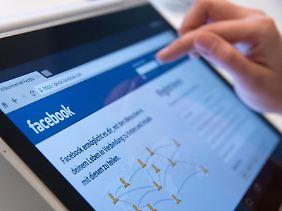 Solange der Chef nicht schlecht gemacht wird, können Mitarbeiter ihre Meinung in sozialen Netzwerken äußern.