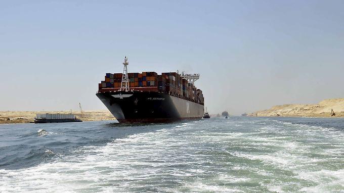 """Ägyptens """"vierte Pyramide"""": Kairo erwartet wahre Wunder vom neuen Suezkanal"""