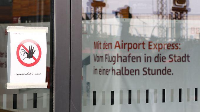 """Auf der BER-Baustelle ist bislang nichts """"express"""". Geflogen wird noch lange nicht."""
