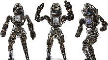 Faszinierend und gruselig: Google-Roboter joggt durch den Wald