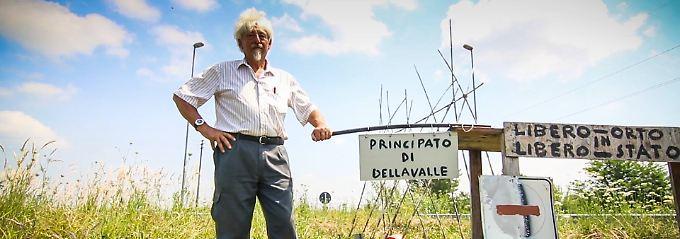 """Pier Giuseppe Dellavalle auf seinem """"Fürstentum""""."""