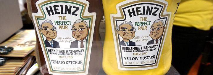 """Einmal jährlich versteigert Warren Buffett ein Mittagessen mit sich selbst. Der """"Power Lunch"""" brachte im Juni 2,3 Millionen Dollar ein - natürlich für den guten Zweck."""
