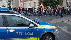 Demos für und gegen Flüchtlinge: Verfassungsgericht kippt Versammlungsverbot in Heidenau