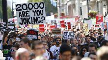 """""""20.000 in fünf Jahren erbärmlich"""": Briten demonstrieren für Flüchtlingsaufnahme"""