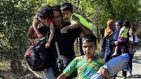 Nächster Grenzzaun geplant: Helfer verzeichnen neue Rekordzahlen auf Balkanroute