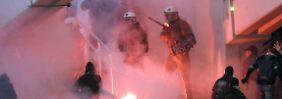 Bayern-Fans unter Polizeischutz: Gewaltwelle erschüttert griechischen Fußball