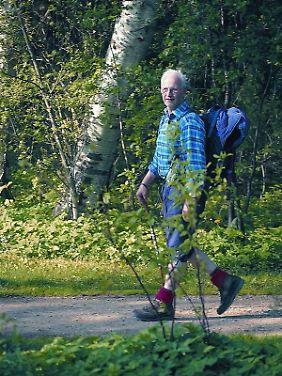 Nicht nur zum Entspannen in die Natur: Wer fitter werden will, sollte regelmäßig wandern.