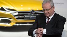 Scheidender VW-Chef Martin Winterkorn: Die Politik weiß seit langem von den Abgas-Tricksereien der Autokonzerne.
