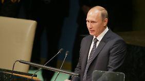 Putin sieht keine Möglichkeit, den IS zu bekämpfen, ohne mit Assad zusammenzuarbeiten.