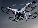 Drohnen, FM-Transmitter, Kopfhörer: Netzagentur zieht fast eine Million Geräte ein