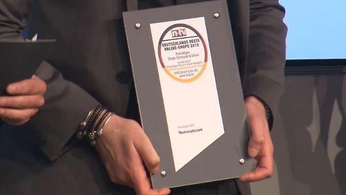 Mehr als 180 Unternehmen beurteilt: Deutscher Onlineshop-Preis 2015 verliehen