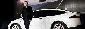 Mit markigen Worten präsentierte Elon Musk sein Elektro-SUV Model X.