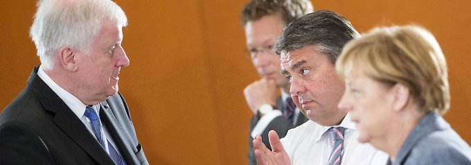 Die Spitzen der Großen Koalition: Kanzlerin Merkel mit Vizekanzler Gabriel und CSU-Chef Seehofer.
