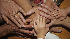 Wegfall der Garantiezinsen: Lebensversicherungen versprechen nur noch wenig Profit