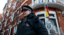 Polizei zieht sich zurück: Dauerbewachung von Assange ist zu teuer