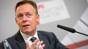 """Debatte um Rückführungen: Oppermann nennt Transitzonen für Flüchtlinge """"unmenschlich"""""""