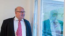 Person der Woche: Peter Altmaier: Er schafft eine Transitzone für Merkel