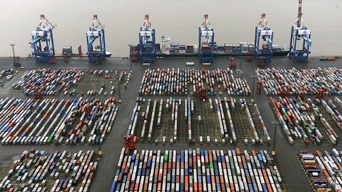 Die deutsche Wirtschaft steuert auf einen Exportrekord zu.
