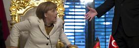Kanzlerin am Bosporus: Merkel hat Erdoğan etwas mitgebracht