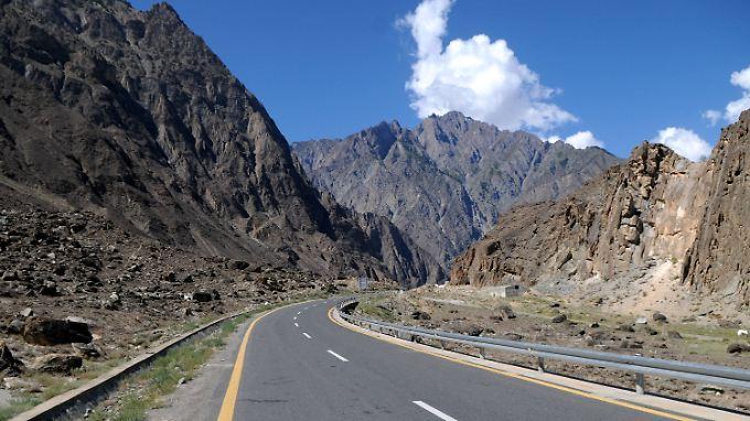 Der Bau des chinesisch-pakistanischen Wirtschaftskorridors kostet fast 50 Milliarden US-Dollar.