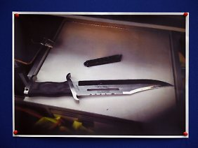 Tatwaffe des Reker-Attentats: Die Polizei vermutet eine Mordabsicht.