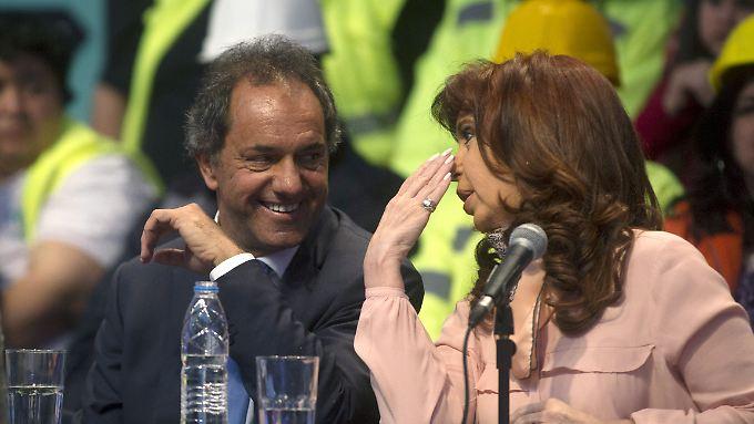 Präsidentin Cristina Kirchner und ihr wahrscheinlicher Nachfolger Daniel Scioli.