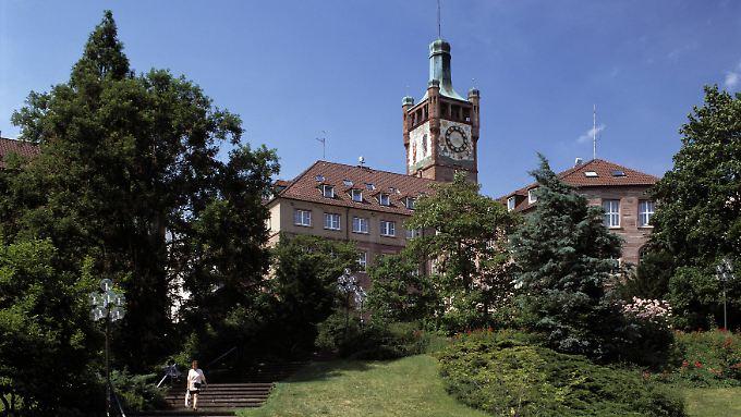 Die Stadtoberen in Pforzheim verspielten Millionen. Unter anderen die Deutsche Bank soll dafür geradestehen.