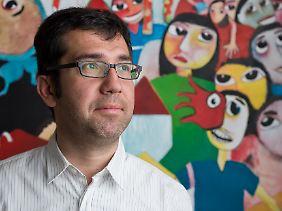 Ismail Küpeli ist Politikwissenschaftler an der Ruhr-Universität Bochum. Er beschäftigt sich mit der Türkei und Syrien, der Kurdenbewegung und dem Islamischen Staat.