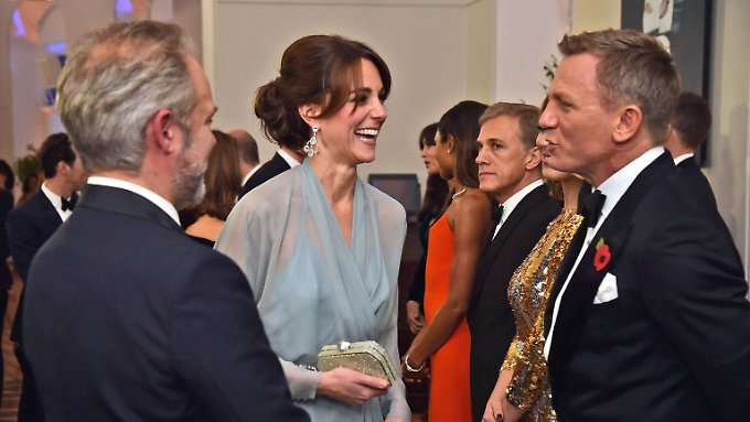 """Gute Noten für neuen Bond: Promis und Royals feiern """"Spectre""""-Premiere"""