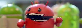 Bunte Android-Männchen im Berliner Google-Büro:Die Generalstaatsanwaltschaft Frankfurt am Main geht gegen Käufer der Überwachungssoftware «DroidJack» vor. Foto: Britta Pedersen/Archiv