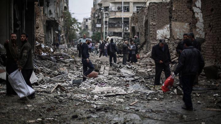 Ein Feldlazarett in Douma, nahe Damaskus, ist nach einem Luftangriff komplett zerstört.