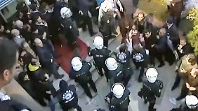 Pressezensur in der Türkei: Polizei setzt Tränengas gegen Journalisten ein