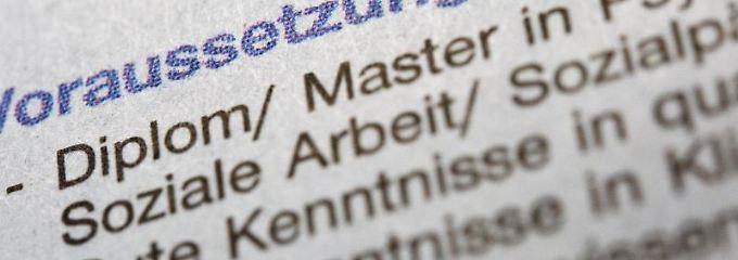 Bei den Voraussetzungen in Stellenanzeigen muss der Arbeitgeber aufpassen:Einige Formulierungen sind möglicherweise diskriminierend.