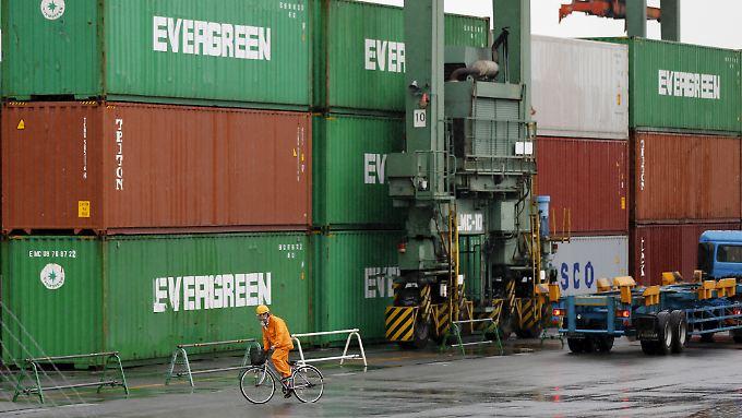 Minus 7 und minus 20 Prozent: Chinas Handelsdaten bereiten Kopfzerbrechen.
