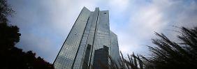 Stellenabbau bei Deutscher Bank: Cryan streicht jeden vierten Job in Filialen