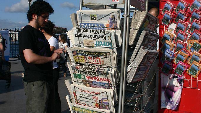 Laut Reporter ohne Grenzen liegt die Türkei im Bereich de Pressefreiheit auf Platz 149 von 180 Staaten.