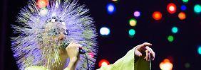 """""""Ich mache Musik oder ich sterbe!"""": Björk, 50 Jahre Enfant terrible"""