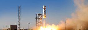 Privater Raumfahrt-Wettkampf: Bezos' Rakete punktet mit Testflug